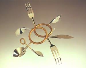 EAT WEAR wearable flatware